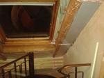 Vorher: Sanierungsbedürftiges Dachfenster aus Holz